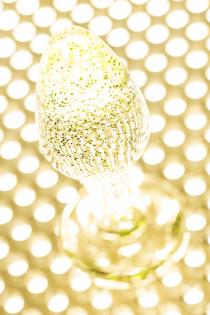 Анальная втулка TOYFA, акрил, золотистый, 8 см, Ø 2,8 см