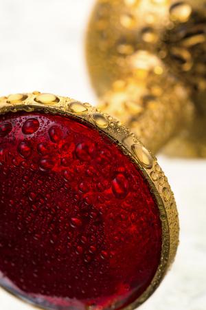 Анальная втулка Metal by TOYFA, металл, золотистая, с рубиновым кристаллом, 7,5 см, Ø 3 см, 145 г